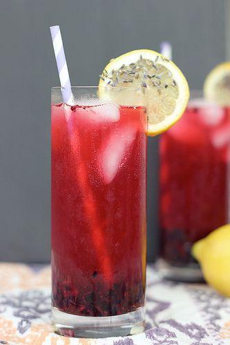 Blackberry Lavender Lemonade – Gluten-free, Vegan   Refined Sugar-free // Tasty Yummies