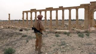 Sistem Taruhan Bola: Suriah konflik: Tubuh 'pahlawan' Rusia diterbangka...