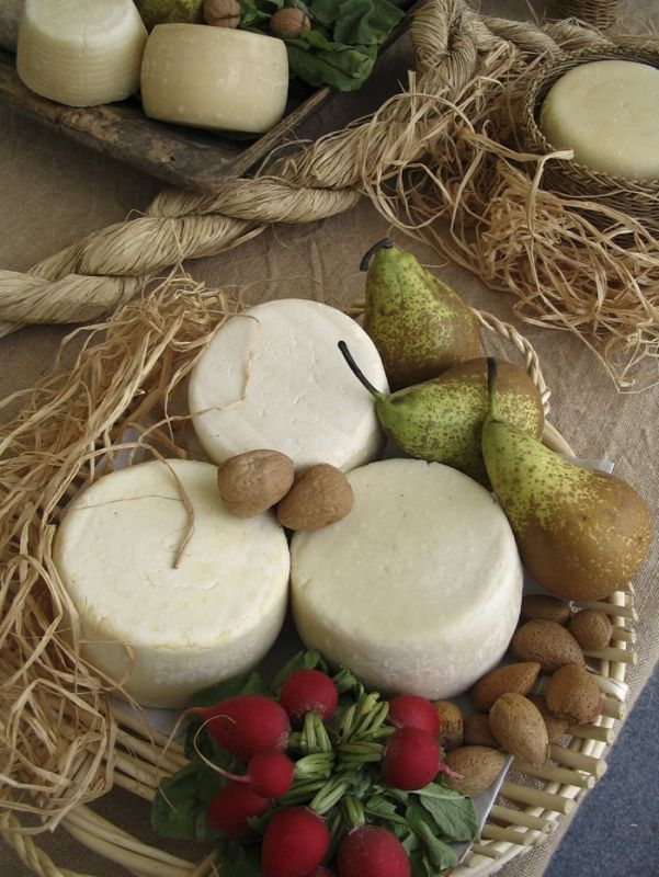 Caciotta .. the Italian farmstead cheese