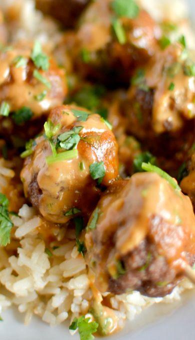 Asian Meatball Satay with Peanut Sriracha Sauce | Recipe