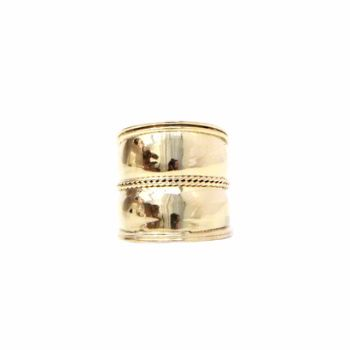 Gold Thumb Ring: A chunky, sleek thumb ring The break in the band helps to slim your fingers Wear this with a Dark Slip Dress or Black Culottes