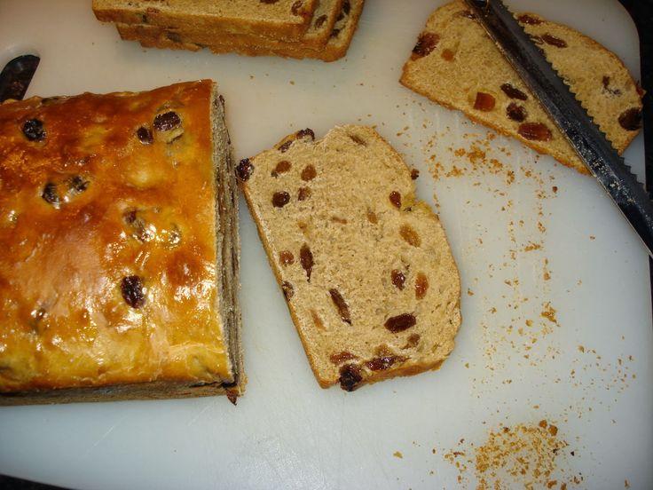 Anita's potjes en pannen: Rozijnenbrood van spelt!
