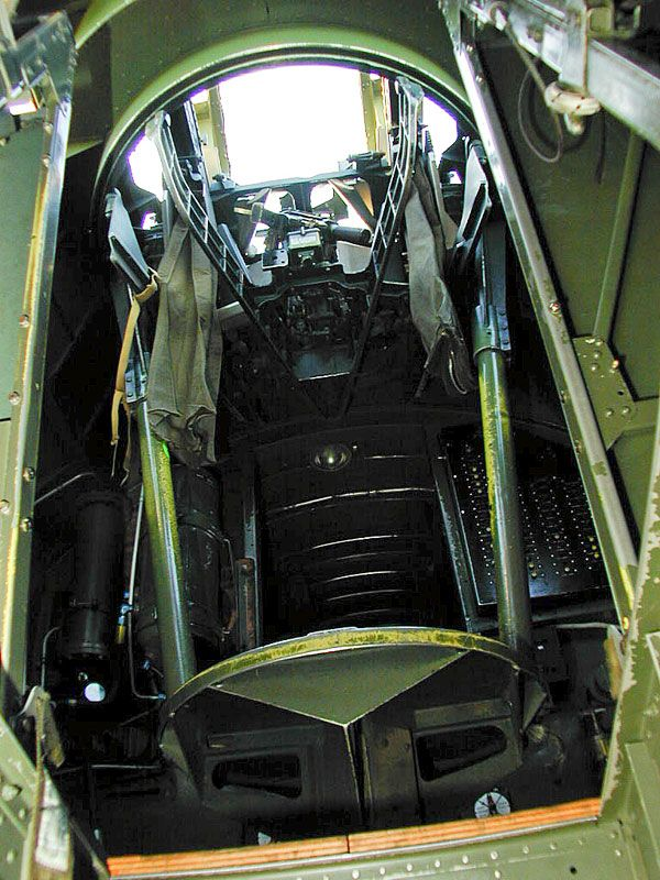 B-17 Flying Fortress Top Turret Internal
