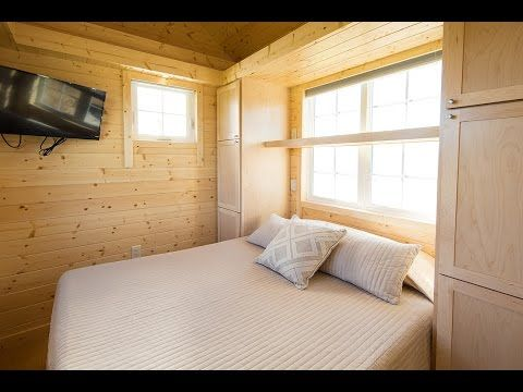 Beautiful Tiny House With 1st Floor Bedroom Full Kitchen