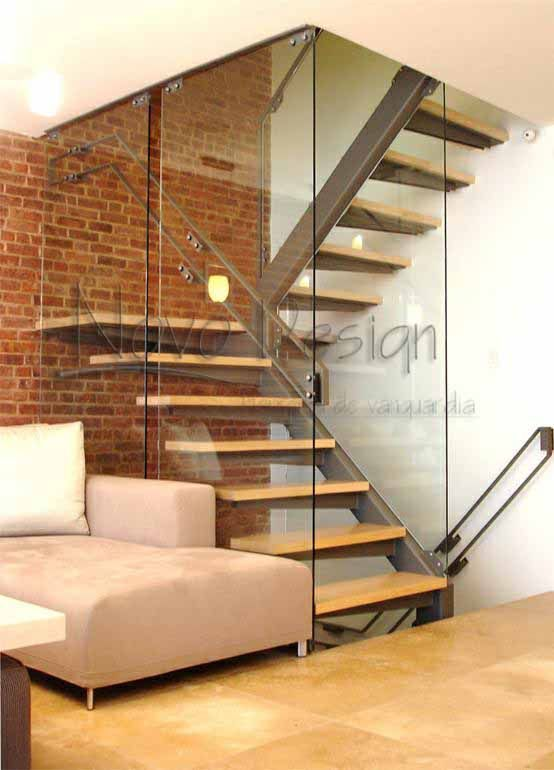 Escaleras de herrer a para interiores escaleras modernas for Escaleras interiores pequenas