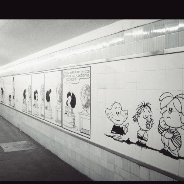 En el subte (subway) de Buenos Aires. Argentina