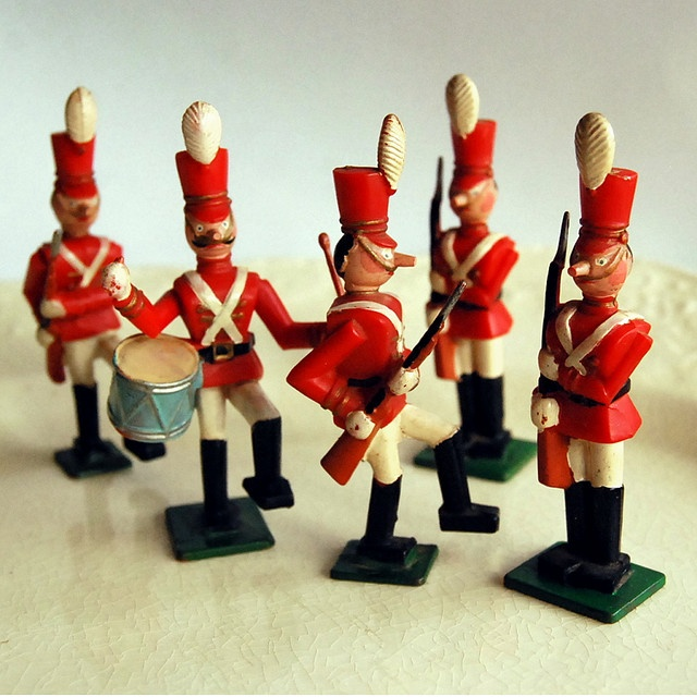 Babes in Toyland Disneykins Toy Soldiers by Marx, 1961. Photo by calloohcallay…