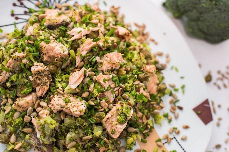 Dziś będzie kreatywnie - ryż, ale z brokuła :) Podamy na nim rybę.
