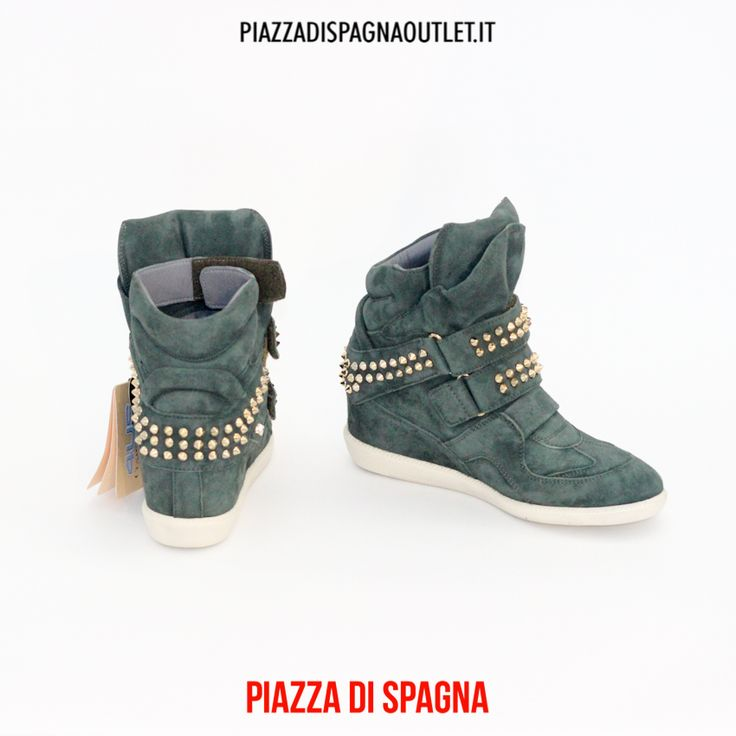 #Sneakers in camoscio verde con applicazioni #borchie #oro, con para interna #CesarePaciotti #4us http://ebay.eu/1D9BcLd #followme #piazzadispagnaoutlet #soglianocavour #shoppingonline #likeit #fashion #brand #autunno2014 #inverno2015 #glam #photooftheday #outlet #store #style #accessories #outfit #look #loveit #model #shoes #white #beauty #shooting #italia #blogfashion