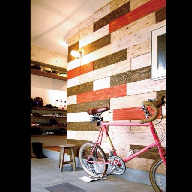 baumkuchenさんの、玄関/入り口,自転車,板壁,土間,マリンランプ,丸椅子,のお部屋写真