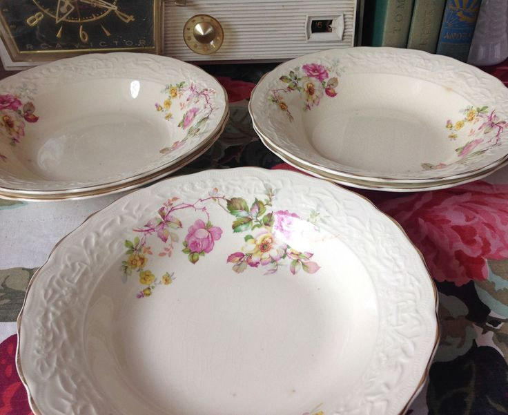 Vintage Mount Clemens Pottery China Bowls Pink Poppy Pattern Yellow Daisies, Vintage 1930's China Bowls, 1930's China Bowls, Made in USA by LakesideVintageShop on Etsy