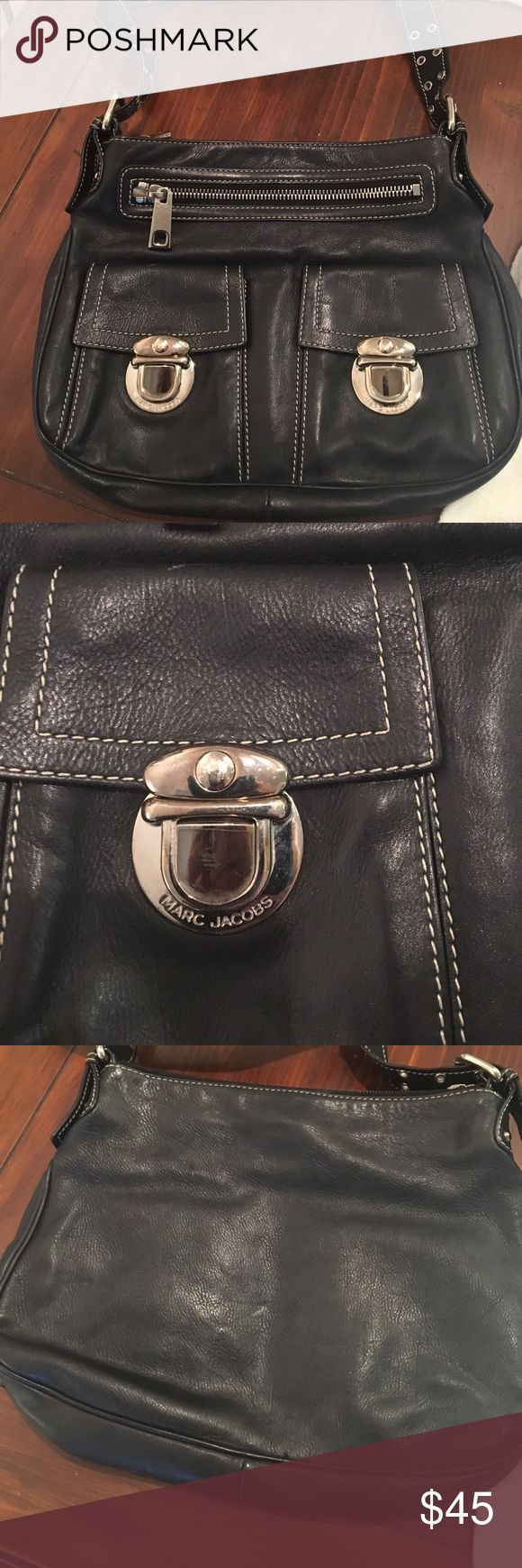 Marc Jacobs Purse Good condition leather Marc Jacobs black purse Marc Jacobs Bags Shoulder Bags