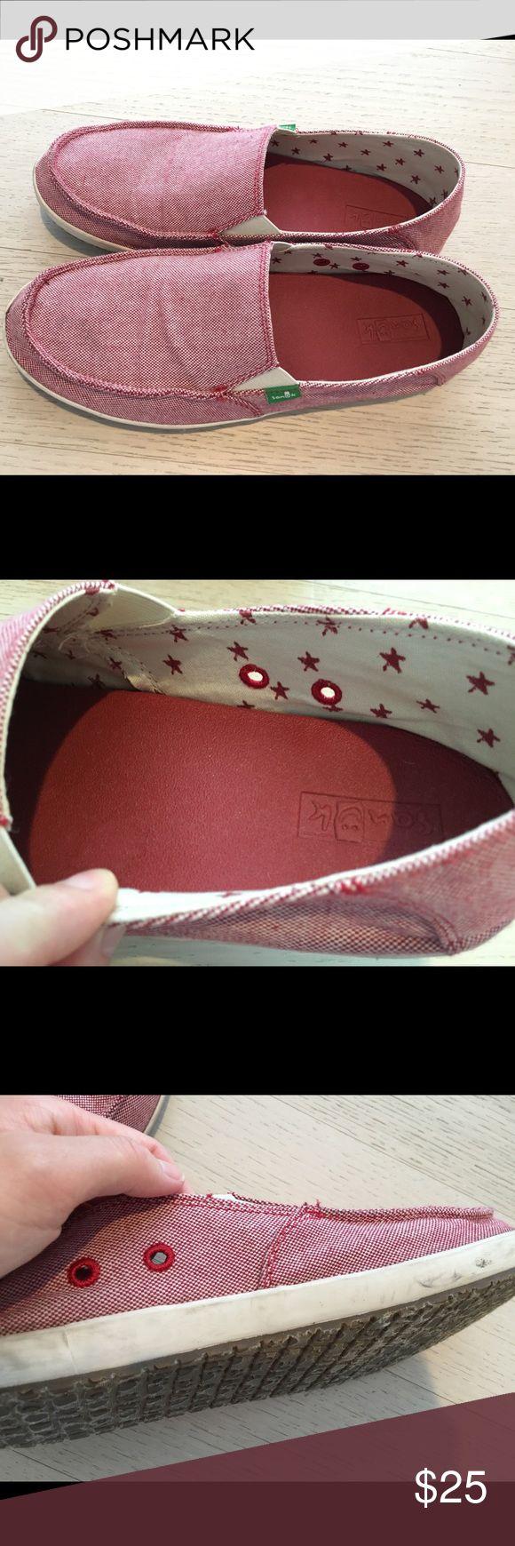 Sanuk men's slip-on sneaker Memory cushion insole. Super soft. Men's 9 Sanuk Shoes Loafers & Slip-Ons