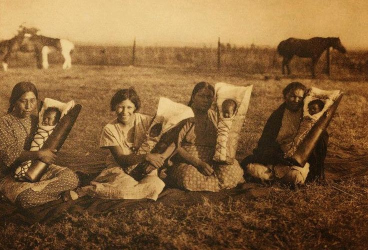 Indian Pictures: Historic Comanche Indian Women with Babies Photo Gallery                 ..Credit Line - Gift of Bill Buckmaster     ..Copyright - Edward Curtis  1926