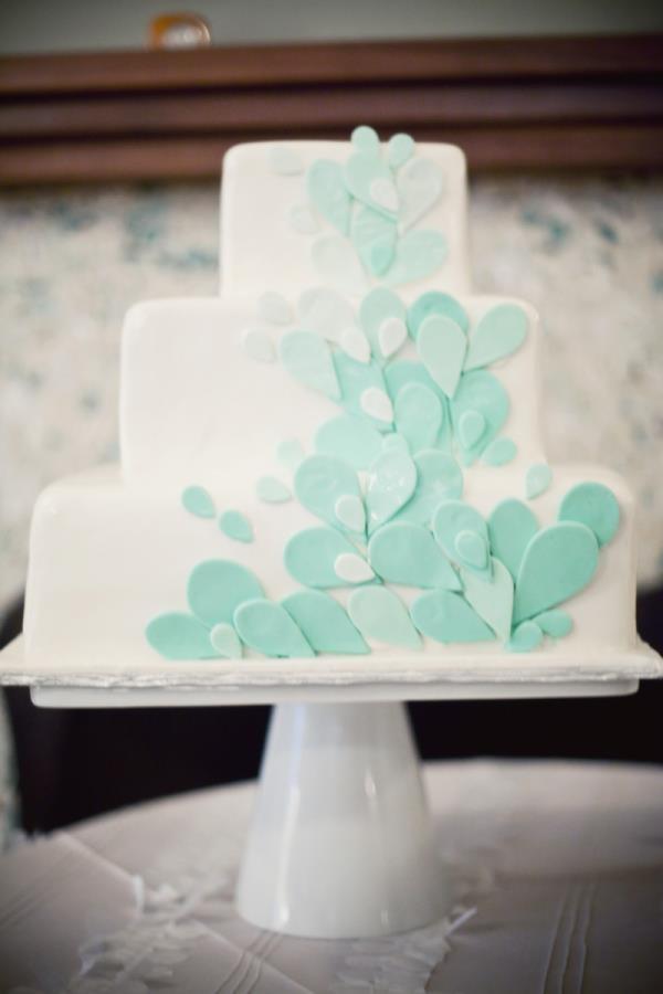 teardrop cake