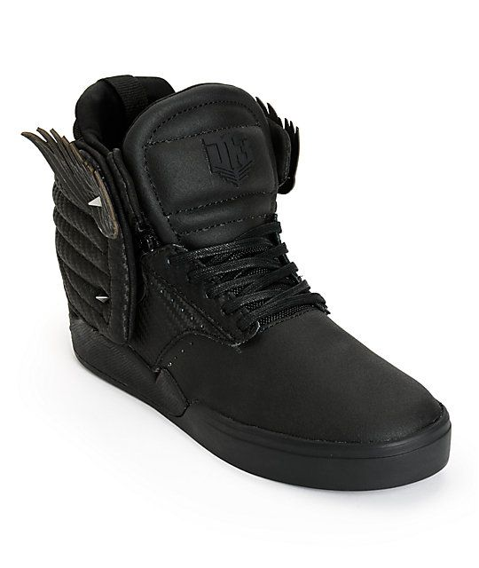 Supra x The Hunger Games Skytop IV District 13 Skate Shoes 230 Get a unique style with a padded woven back overlay panel with moveable wings and a neoprene internal bootie for a secure and comfortable fit.