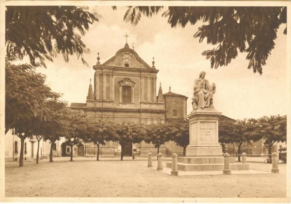 Piazza San Francesco in #Faenza in the early 30ies