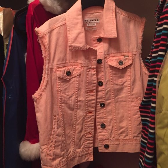 Sleeveless denim jacket The company is bullhead but from pacsun PacSun Jeans
