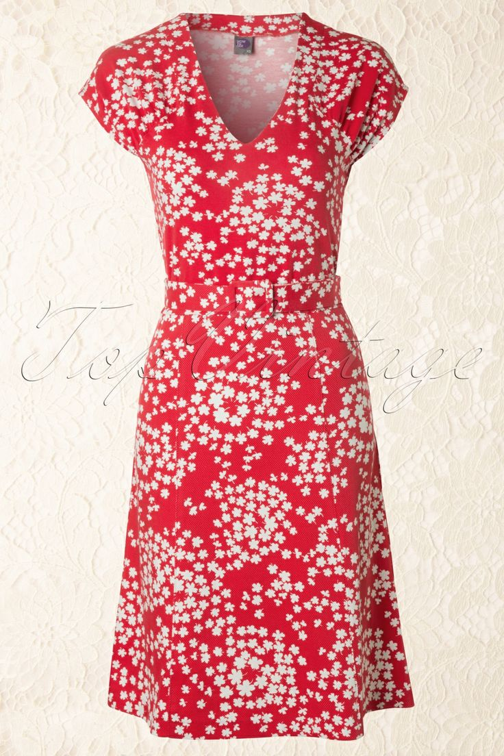 Wow To Go! by TopVintage - 60s Sandy Floral A-Line Dress in Red