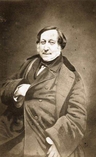 Gioachino RossiniGioacchino Antonio Rossini (29.února 1792 Pesaro – 13. listopadu 1868 Paříž) byl italský hudební skladatel. Proslul především jako autor oper, kterých vytvořil téměř40 (nejznámější je Lazebník sevillský), aletvořil též sakrální, instrumentální akomorní díla.