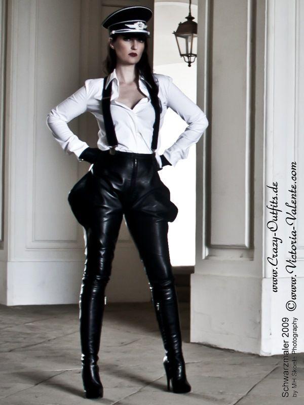 lederhose ds 414 crazy outfits webshop f r lederbekleidung schuhe mehr random. Black Bedroom Furniture Sets. Home Design Ideas