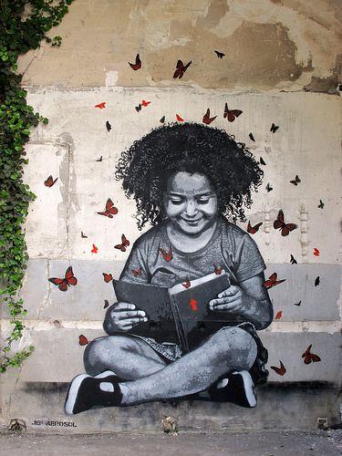 Un bon livre et tu te sens pousser des ailes ! / Street art. / By Jef Aérosol.