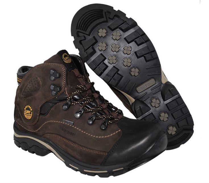 Erkek Bot Modelleri Kış aylarının gelmesiyle birlikte tüm kıyafetlerimizi kalın seçtiğimiz gibi ayakkabılarımızı da yine kış aylarının soğuklarından koruyacak şekilde seçmeliyiz. Yağmurlu, karlı ve ayazlı geçen kış aylarında ayaklarımızı üşütme ihtimalimiz maalesef ki çok yüksektir. Ayaklardan …