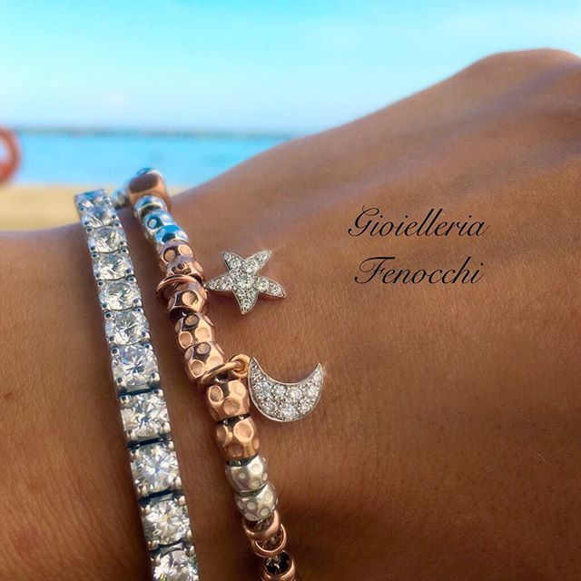 Follow your dream - DODO #GioielleriaFenocchi#fenocchi#gioielleria #bracciale #bracciali#diamanti#brillanti#stella#luna#moon#star#mare#estate#argento #oro#ororosa #granelli#style#dodo#dodopomellato #dodopomellatolove #madeinitaly #solodafenocchi #ascolipiceno #sanbenedettodeltronto