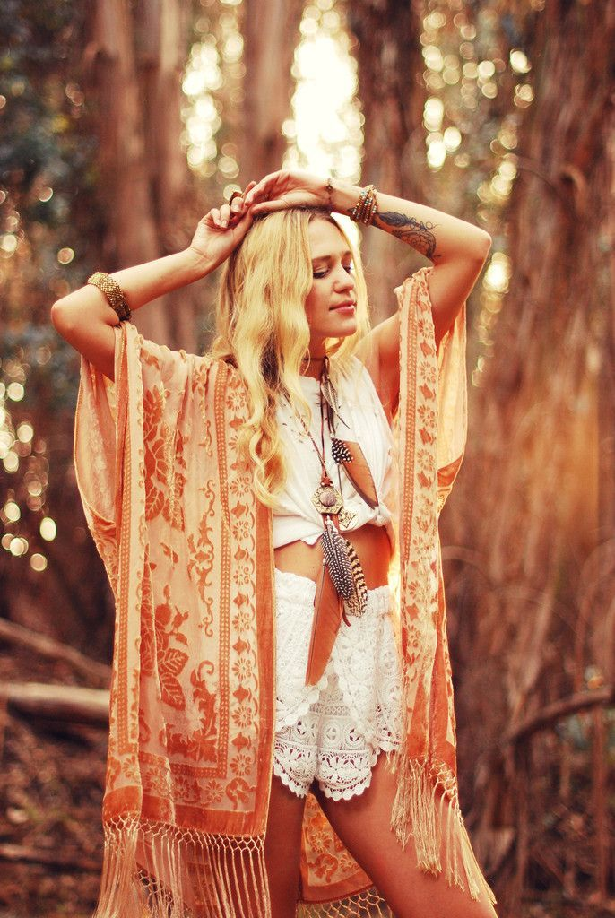 Boho Festival! Filled with orange colours lovely hippie hippy gypsy outfit. For more follow www.pinterest.com/ninayay and stay positively #pinspired #pinspire @ninayay