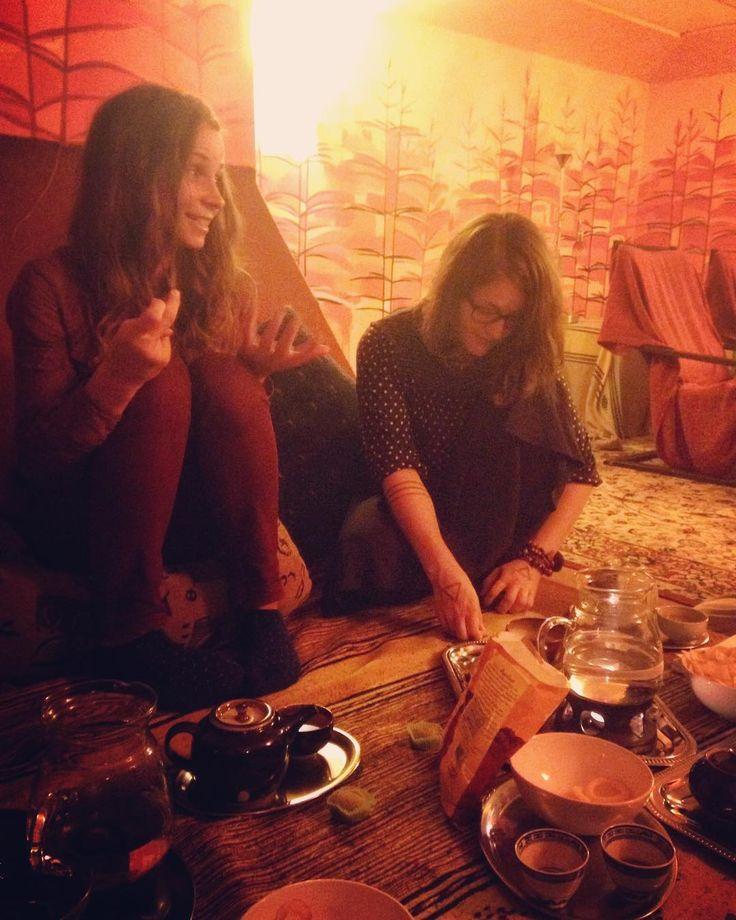 #teatime #teaaddict #girlsnight #friends #calm #excited #tealover #klubkocajuje Po dlouhé době setkání s drahými!Je toho hodně co probrat!😊☺️☕️😌