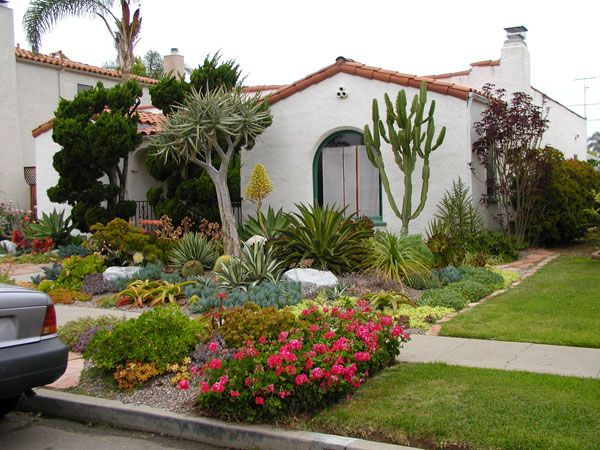 40 truly impressive modern front yard landscape design ideas exotica modern front yard landscape design - Landscape Design Ideas For Small Front Yards