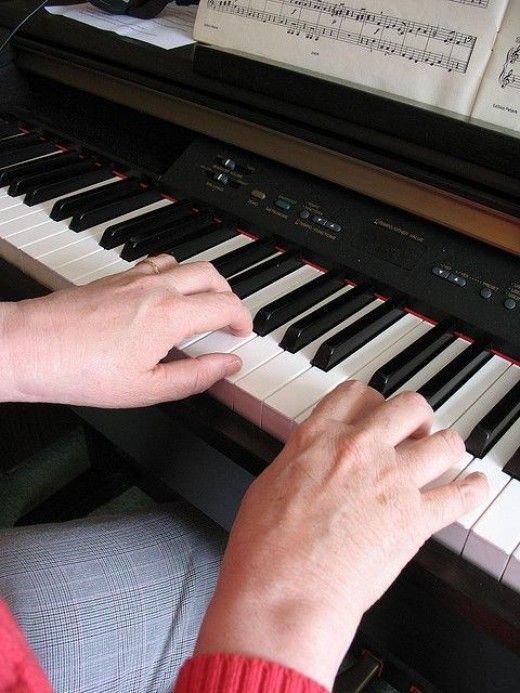 Learning piano as an adult - why it's never too late | flowkey