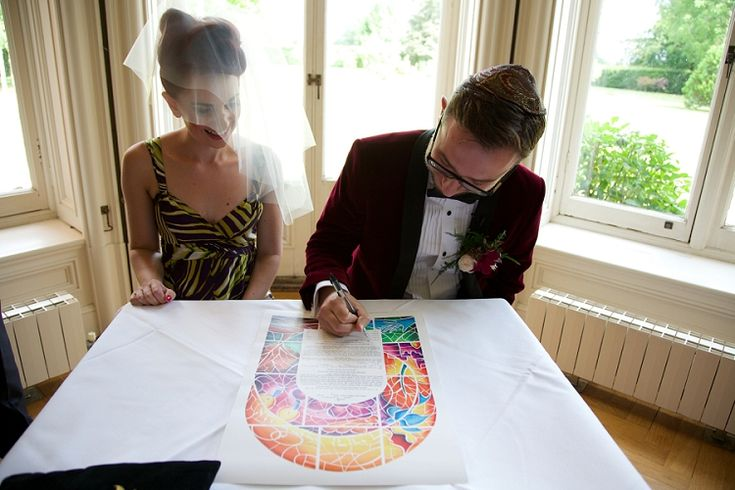 A creative, colourful Jewish wedding with a show-stopping floral Sassi Holford gown at Chippenham Park, Cambridgeshire, UK