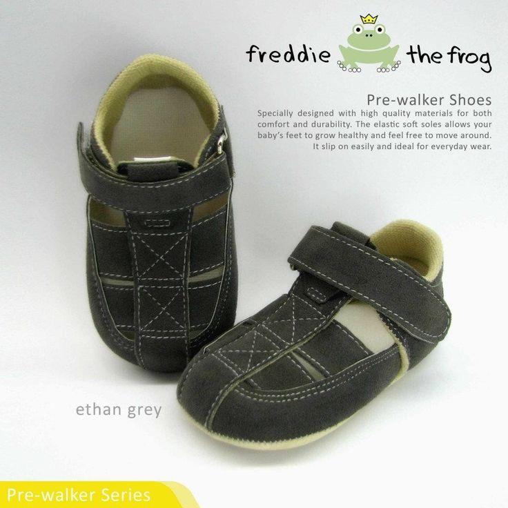 Pre-walker Shoes  Material: Suede http://baby.letimahouse.com  #sepatubayikeren #sepatubayiindo #sepatubayi #sepatubayiimut #freddiethefrogindo #freddiethefrog #freddiethefrogshoes #Jualsepatubayi #prewalkershoes #prewalker #tokobayimurah #tokobayi #tokobayijakarta #balita #batita