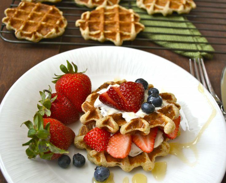 Banana Nut Oatmeal Waffles | Breakfast | Pinterest