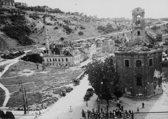 Szent Demeter templom Tabán 1945.