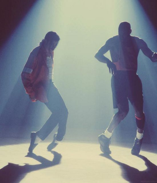 Michael Jackson and Michael Jordan The video behind this picture is amazing…