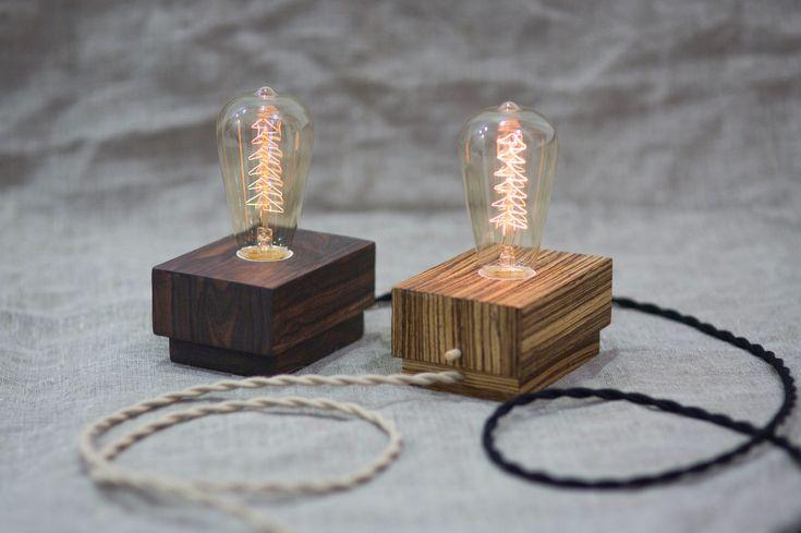 Отличный подарок - это необычный подарок. Интерьерная лампа от #TwinsWood с уникальной лампой накаливания (40Вт) в виде Рождественской елки  Удивляй подарками. // #sumekb #edisonlamp #edison #vintagedecor #vintage #edisonbulb #industrialvintage #industrial #лампаэдисона #wood #woodworking #lamp #woodlamp #сделановроссии #russiandesign #woodwork #подаркинановыйгод #openspacemarket #sundayupmarket #twinsbowties #москва #porusski #woodaccessories