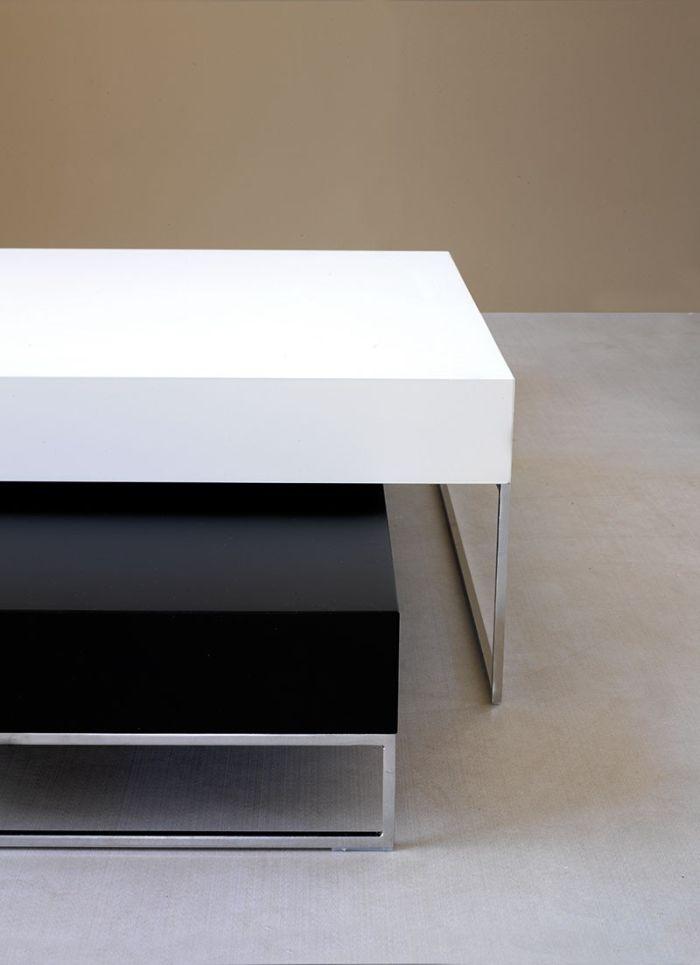 Czarno na białym!  #modern #design #table #internoitaliano #vibieffe