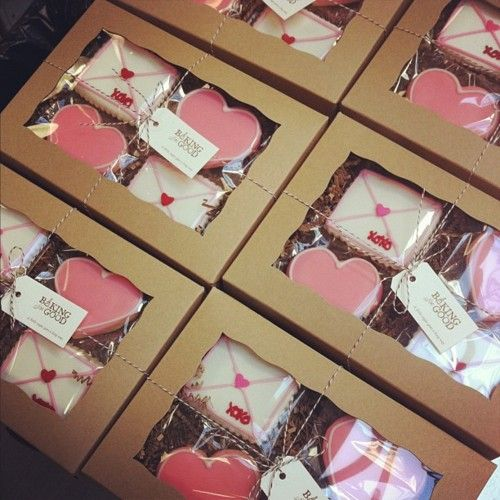 someone needs to send these to me!  love letter cookies - hard to imagine anything cuter arriving on your doorstep!