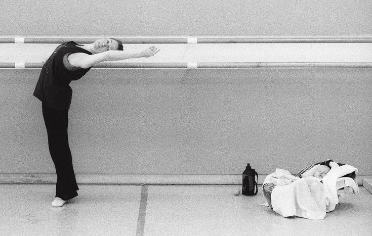 17 Stunning Images Show Prima Ballerinas Balancing Motherhood With Their Dance Careers