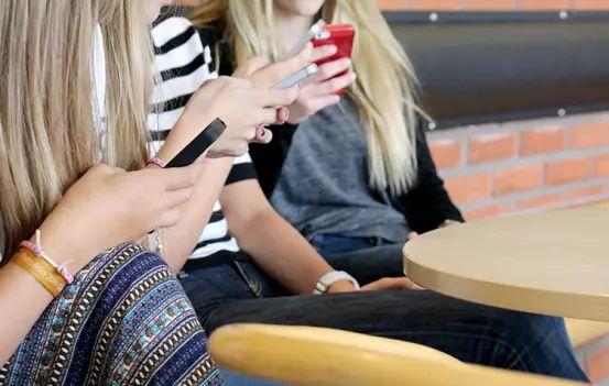 Ny Artikel (Hur upplever Piteås unga sin egen hälsa?) har blivit publicerat på IT-Pedagogen.se - http://it-pedagogen.se/hur-upplever-piteas-unga-sin-egen-halsa/ -  #AndersLundkvist, #Eleverna, #Elevhälsa, #Piteå, #Skola, #Undersökning