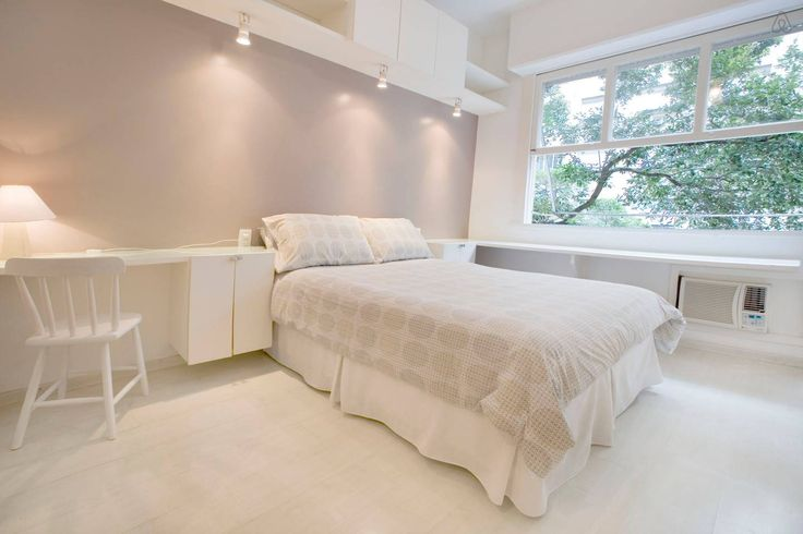 Copacabana Studio $77/night - Get $25 credit with Airbnb if you sign up with this link http://www.airbnb.com/c/groberts22