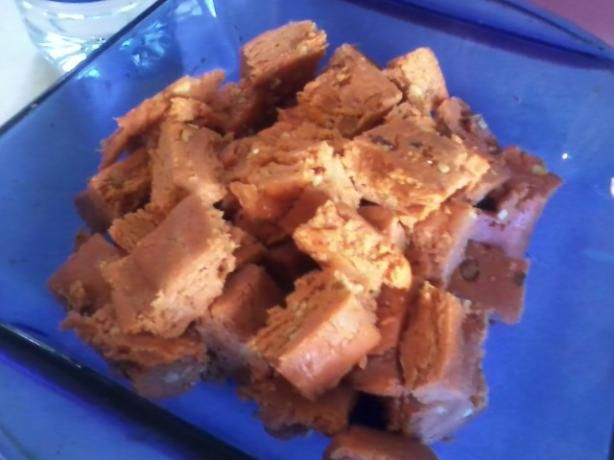 Homemade Butterfinger Candy Bars from Food.com: Found this online...have to try it out!