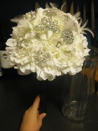 wedding flowers and bouquets 26 best platinum gold amp ivory wedding images on 9528