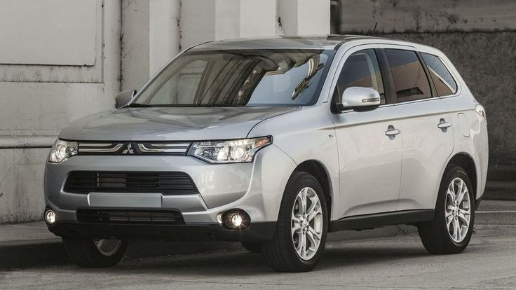 Mitsubishi Outlander 2014 - erhaps one of the less than beautiful entries in the SUV/crossover segment, the Mitsubishi Outlander is still one of the best cars when it comes to value for money. http://www.carcos.co.uk/car-reviews/mitsubishi-outlander-2014-review/