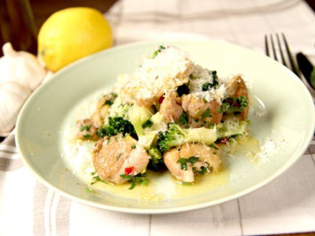 Snabblagad kyckling med broccoli (kock Lisa Lemke)