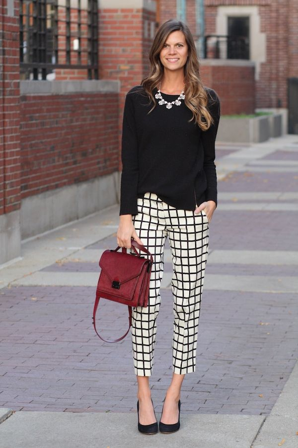 Love these windowpane-check cropped trousers - so chic! Especially with that fantastic burgundy bag... xx