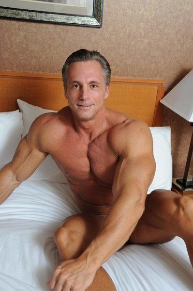 Best sitrs for mature gay men