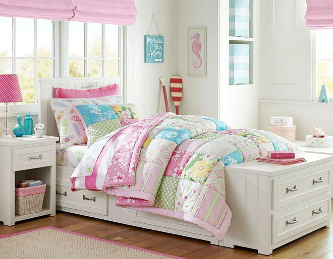 I love the pottery barn kids key west on potterybarnkids for Pottery barn kids room ideas